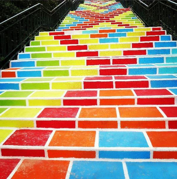 Les escaliers de la Rue Prunelle s'embellissent