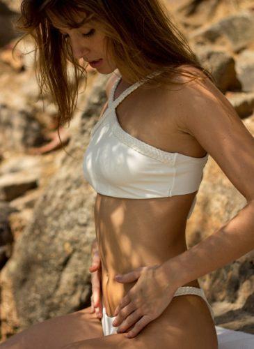 Ecojuntos-maillot-de-bain-femme-2-pièces-écoresponsable-Maria-bonita-blanc-cassé 2