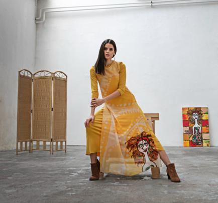 Longue robe jaune ALMADKJ